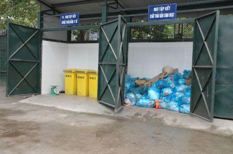 xây dựng kho chứa Chất thải nguy hại